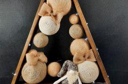 Drewniana Choinka ze skrzatem w brązach