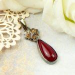 Wisiorek srebrny z czerwonym kamieniem a853