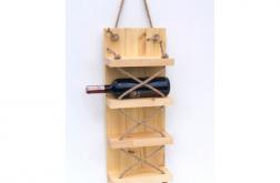 Półka stojak na wino z drewna loft