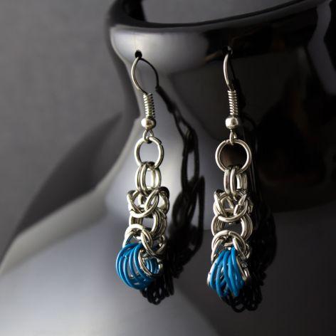 Kolczyki chainmaille srebrne / niebieskie