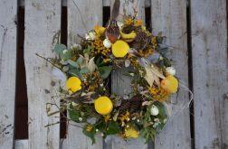 Wiosenny wianek z ptaszkami żółty