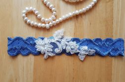 Ślubna podwiązka niebieska koronka #015