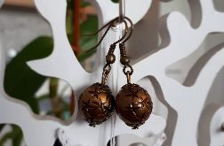Kolczyki handmade w kolorze brązu we wzorek