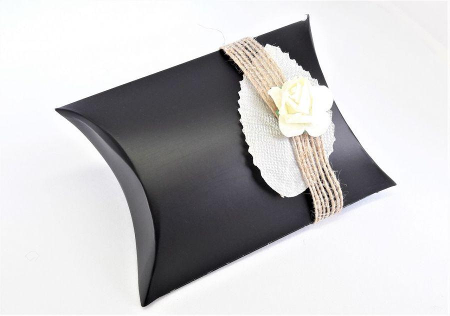 Pudełko ozdobne czarne z liściem