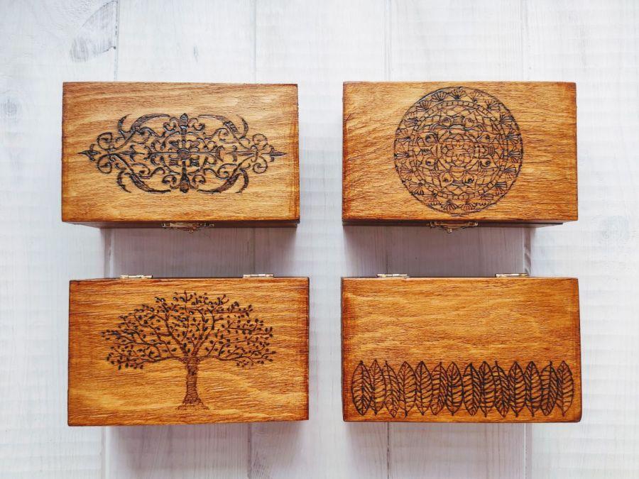 Drewniana szkatułka wzór 2