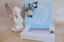 Pamiątka komunijna w pudełku niebieska 02