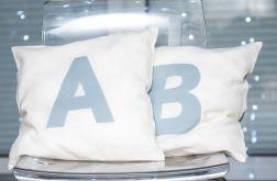 Poszewka na poduszkę z monogramem #1