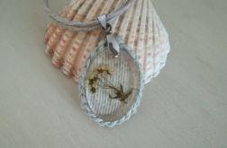 Naszyjnik - wiosna w żywicy