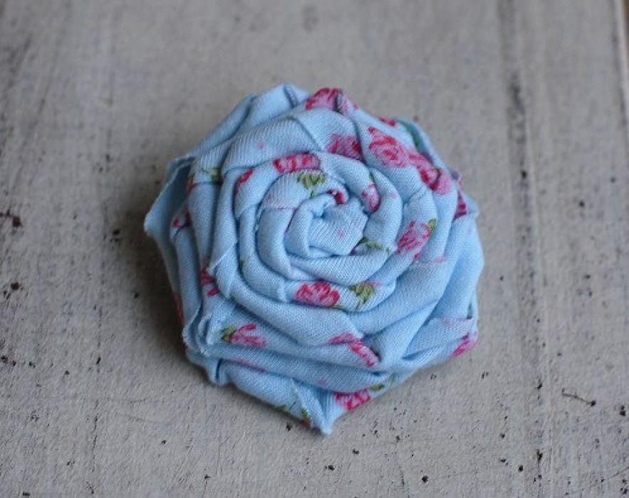 Vintage z tildowymi różyczkami