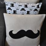 Poszewka  filcowa - czarne wąsy, mustage