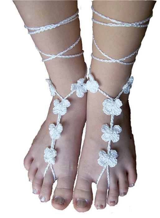 Ozdoba na stopy biały kwiatek