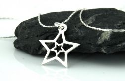 Srebrny łańcuszek z wisiorkiem gwiazdką