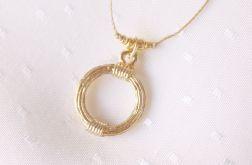 Naszyjnik ze złotym kołem
