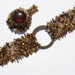 Freeform bransoleta i zawieszka z koralików