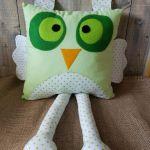 Ręcznie szyta poduszka w kształcie sowy