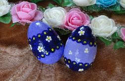 Fioletowe jajka pisanki decoupage