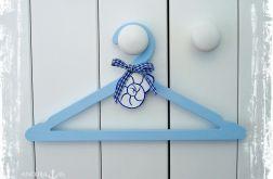 Wieszaczek na ubranka dla dzieci - muszla