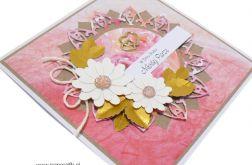 Kartka ślubna białe kwiaty i jasnoróżowe tło