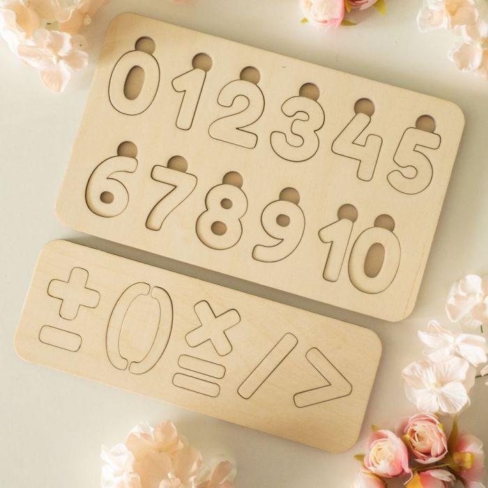 Układanka, puzzle - cyfry i znaki działań
