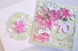 Kartka URODZINOWA z różowymi kwiatami