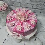 Tort papierowy na urodziny różowy -