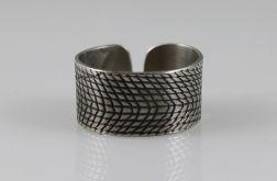 Kratka - metalowy pierścionek 150208-05