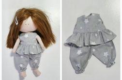 Piżamka dla lalki szara w białe gwiazdki
