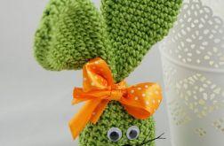 króliczek w zieleni