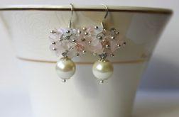 Kolczyki perła w otoczeniu kwarcu i kryształków
