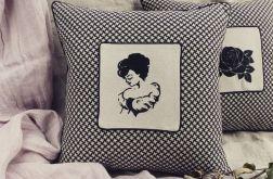 Poduszka z haftem Lady