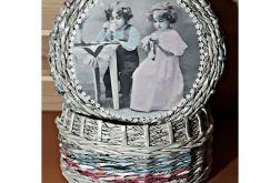 Koszyk z gazetowej wikliny Retro vintage