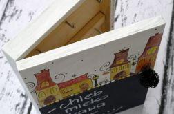 pudełko na klucze z tablicą domki