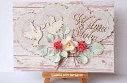 Kartka ślubna z serduszkami różowa