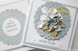 Kartka W DNIU ŚLUBU z niebieskimi kwiatami