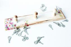 Mały wieszak na klucze lub ściereczki