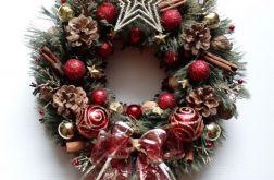 Wianek świąteczny tradycyjny 32 cm
