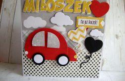 Kartka na Roczek z czerwonym autkiem