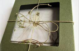 Kartka ślubna w pudełku-oliwkowa zieleń