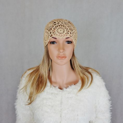COCO czapka szydełkowa beżowa 01
