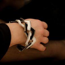 Biało-czarny zestaw biżuterii kwadraty