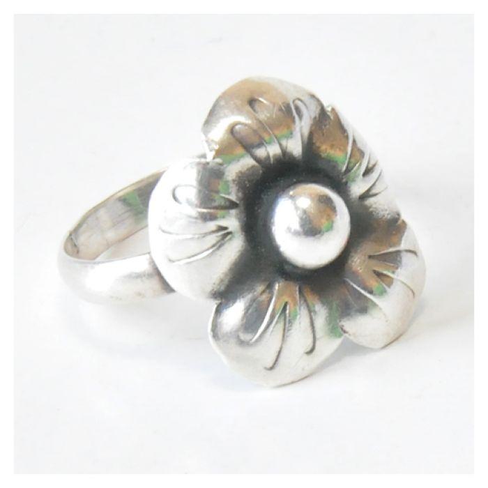83 pierścionek vintage, srebrny, oryginalny