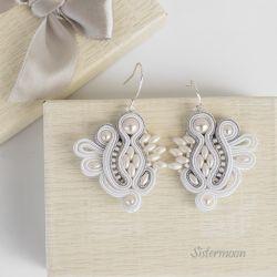 Silver White Kolczyki ślubne sutasz