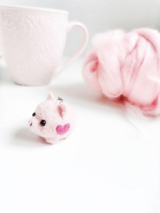 Świnka Chrumlinka - brelok - świnka z filcu