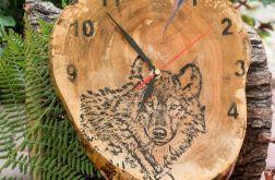 A02 - Zegar drewniany z żywicą epoksy Wilk
