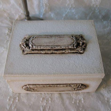 Szkatułka skrzyneczka na obrączki kopert