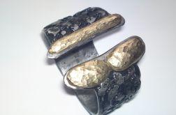 Bransoleta z kamieniami mosiężnymi