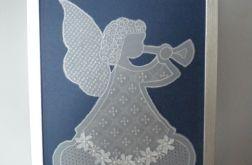 Anioł grający na trąbce - Obrazek