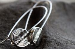 Kolczyki długie w kolorze srebrnym
