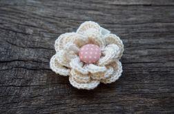 Spinka kwiatek kolekcja MIA, ecru