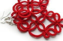 Czerwone kolczyki frywolitkowee